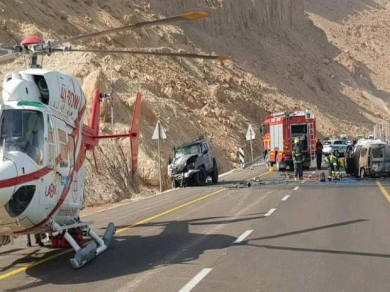 6 children and 2 adults were killed in a road accident near the dead sea